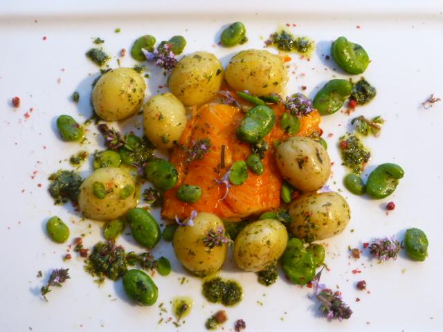Haddock poch f ves et pommes de terre grenaille de l 39 ile de r l 39 infusion de thym et de - Comment cuisiner les pommes de terre grenaille ...
