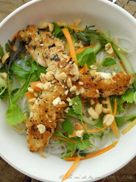 Bo Bun de vermicelle de soja au poulet croustillant