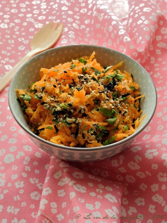 Courge et carotte râpées au gomasio de graines