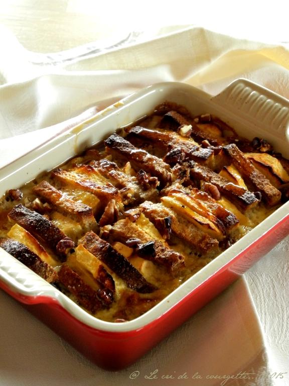Gratin de pain perdu pomme, pécan & sirop d'érable