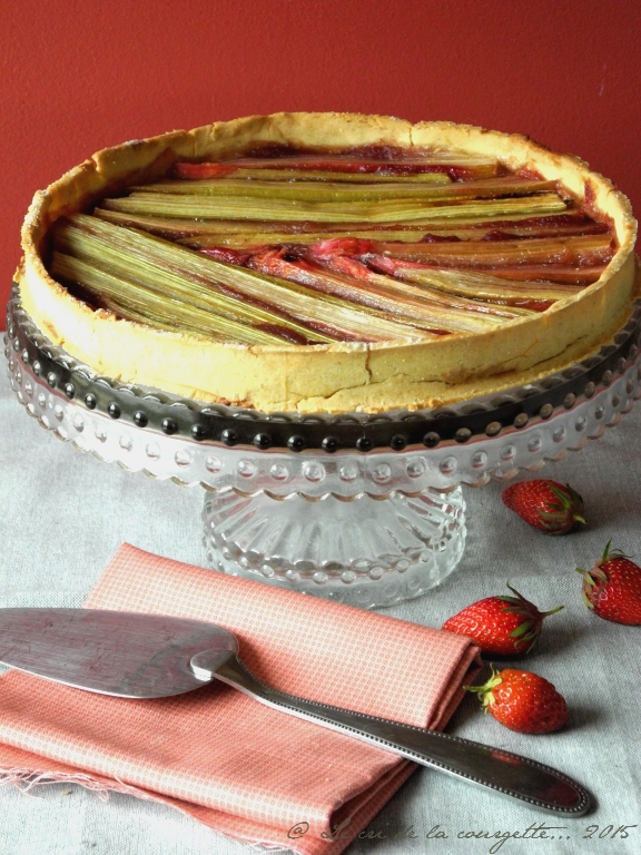 tarte la rhubarbe recette bio blog de recettes bio le cri de la courgette. Black Bedroom Furniture Sets. Home Design Ideas